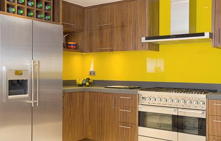 A sunny yellow kitchen