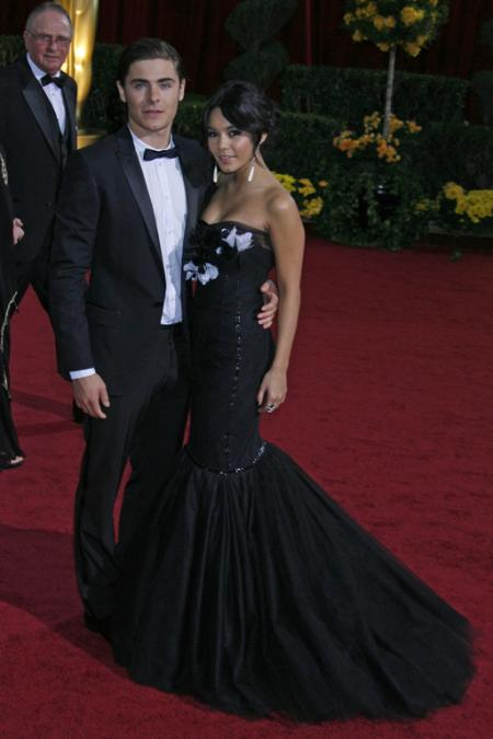 Zac Efron and Vanessa Hudgens at the 2009 Oscars