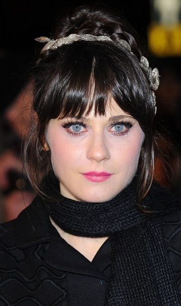 Zooey Deschanel with dramatic eyelashes