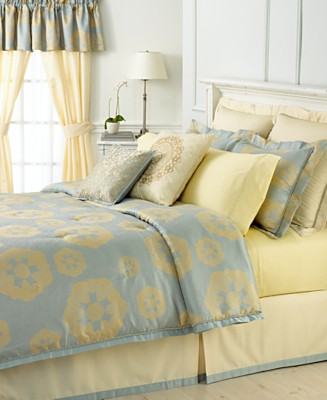 martha stewart collection queen bedding water garden gift ideas. Black Bedroom Furniture Sets. Home Design Ideas