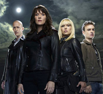 Amanda Tapping - <i>Sanctuary</i> cast