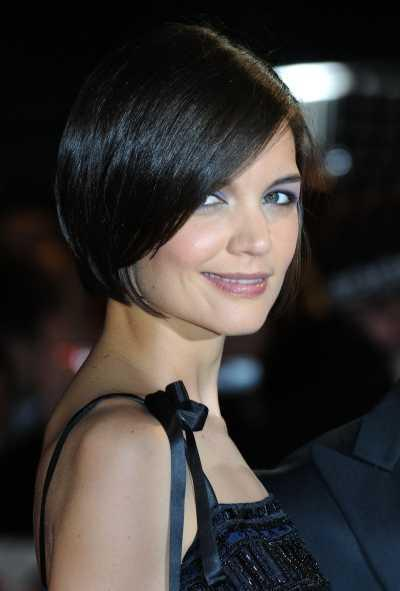 """short bob hairstyles uk. Katie Holmes' Short Sexy Bob. At the UK Premiere of """"Valkyrie"""" in London,"""