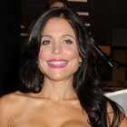 Bethenny Frankel?s dark, wavy hairstyle