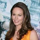Diane Lanes wavy, brunette hairstyle