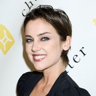 Jessica Stroups short, chic hairstyle
