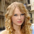 Taylor Swift's Soft Curls