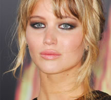 Get the look: Jennifer Lawrence's natural glow
