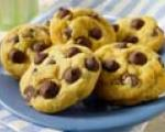  Heneliz's Chocolate Chip Yummies