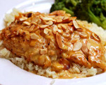 Almond Chicken Baked in Cream