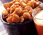Apple cinnamon crisp snack mix