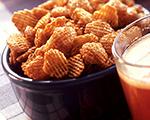 Apple cinnamon crisp snack mix