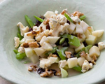 Apple Salad with Raisins and Blue Cheese