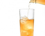 Bourbon and Ginger Ale Cocktail