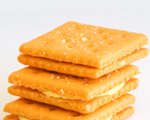 Creamy cracker sandwiches
