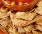 Cinnamon pita wedges and fruit salsa