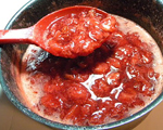 Homemade Strawberry Syrup with Fresh Strawberries