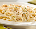Linguine Pasta with Creamy Lemon Sauce 