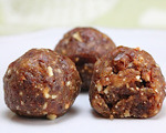 Pecan Date Balls