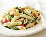 Penne Pasta with Chicken, Asparagus and Alfredo Sauce