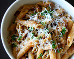 Penne with Caramelized Onions and Mushrooms