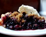 Crumbly Blueberry Cobbler