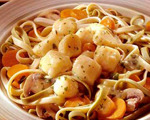 Scallops and Pasta in Wine Sauce