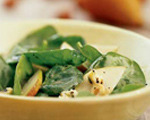 Spinach and Pear Salad with Gorgonzola Cheese