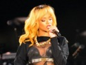 Rihanna arrives two hours late for Birmingham concert