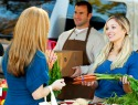 4 Tips for shopping at farmers markets