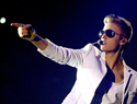 Justin Bieber booed at the Billboard Awards