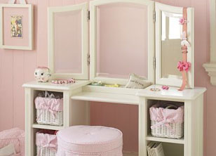 Vanity Table Top 10 Gifts For A Girly Girl