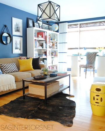 unexpected paint colors for your living room vert Unexpected Paint Colors for your Family Room 5