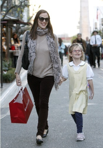 Jennifer Garner and daughter Violet