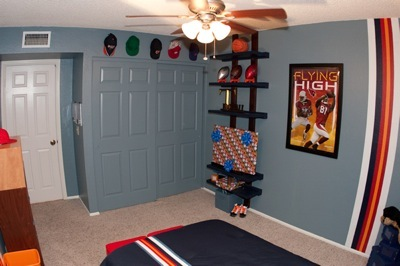 Trey's room after view 4