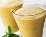 Banana and Peach Shake