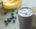 Blueberry and Banana Smoothie with Flax Seed