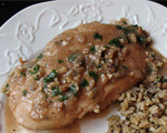 Broiled Chicken in Walnut Sauce
