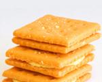 Creamy cracker sandwiches