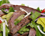 Churrasco skirt steak salad