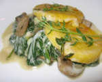 Gratin polenta with spinach and mushrooms