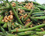 Green Beans with Toasted Walnut and Butter Sauce