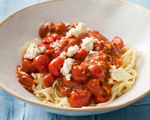 Linguini with Chunky Tomato Sauce and Blue Cheese