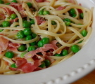 Pasta with Leeks, Peas and Proscuitto