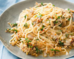 Quick Linguine and White Clam Sauce