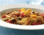 Farfalle Pasta with Baby Spinach and Roasted Red Peppers