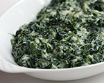 Rich Creamed Spinach with Garlic