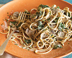Spaghetti with Chicken, Portabella Mushrooms and Spinach