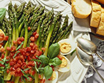 Steamed Asparagus with Fresh Tomato